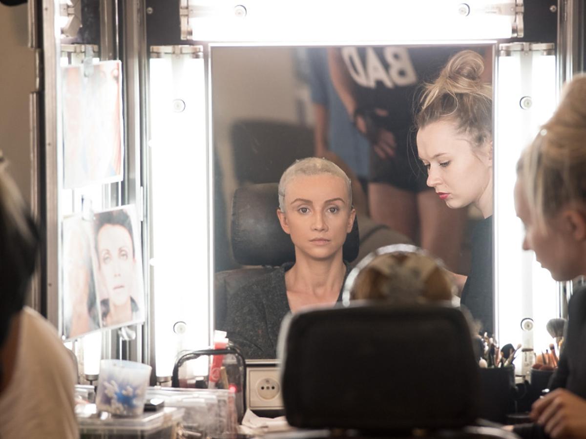 Katarzyna Zielińska przed lustrem
