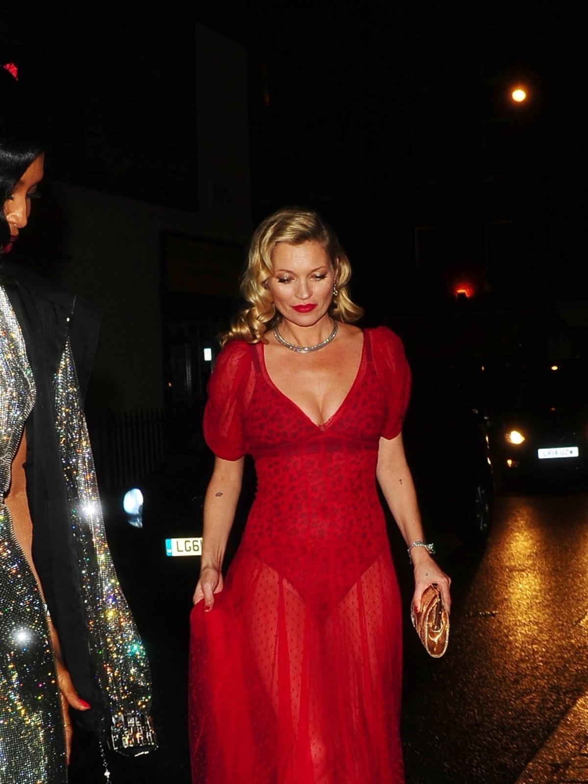Kate Moss na urodzinach Mario Testino w Londynie
