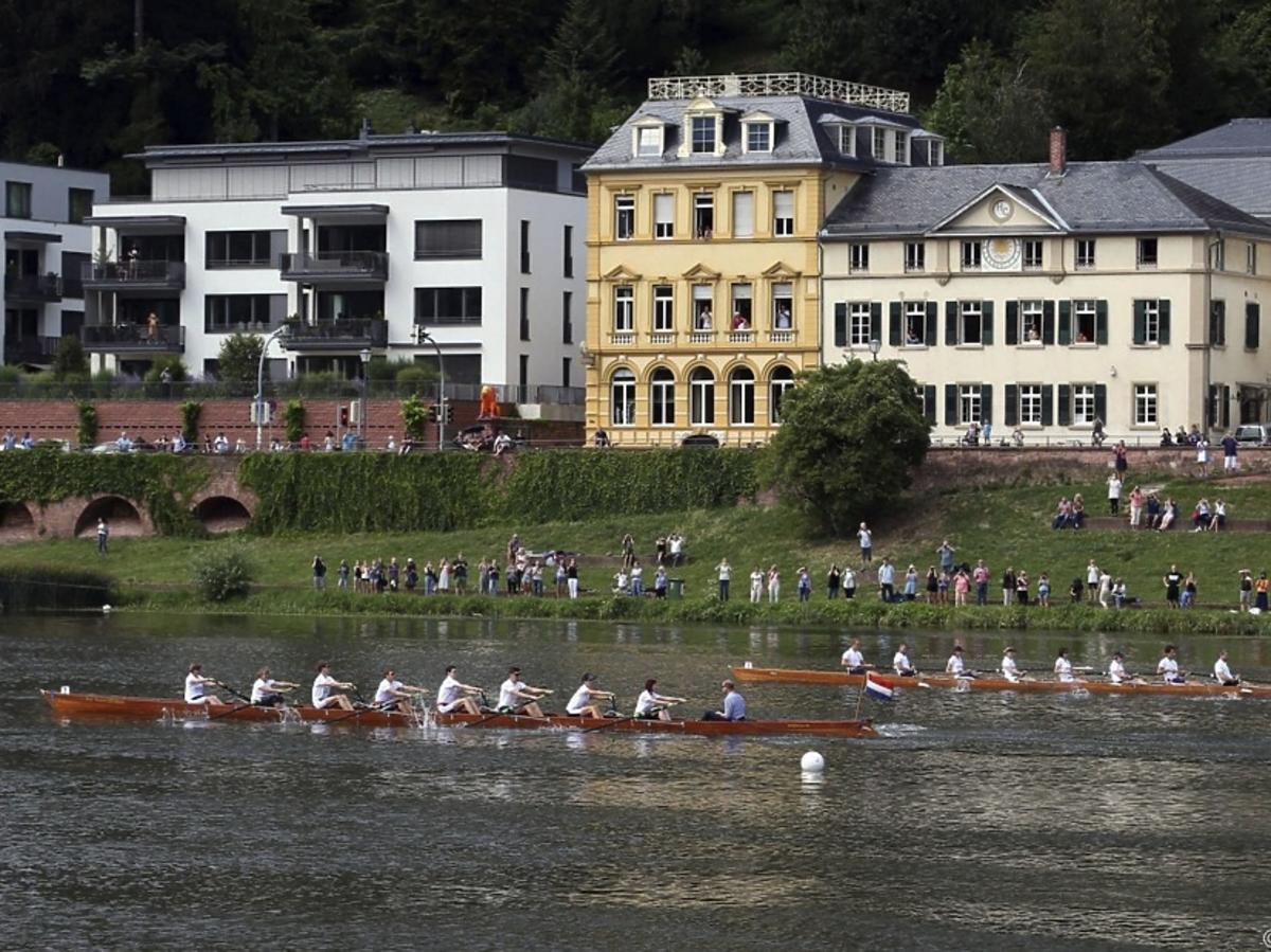 Kate na zawodach wioślarskich w Niemczech