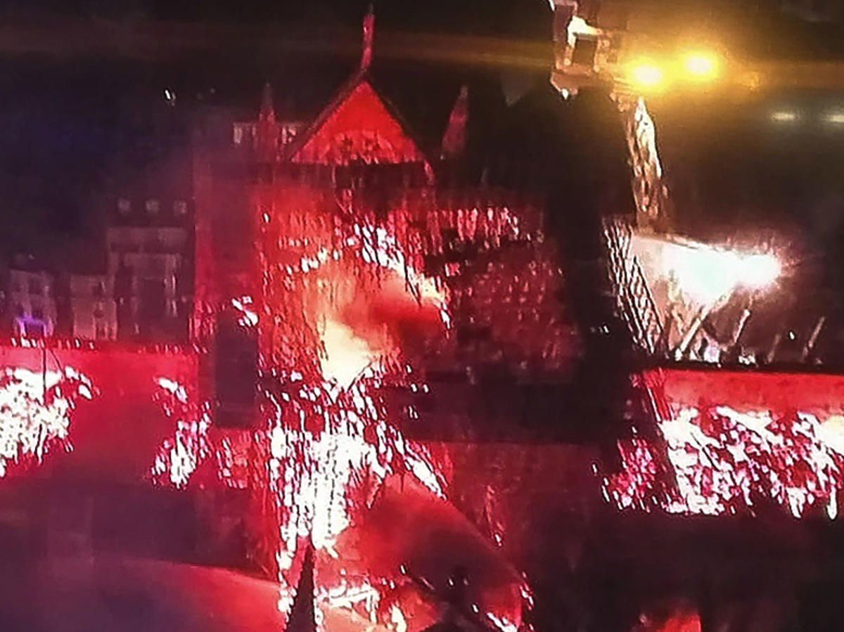 katedra Notre Dame pożar