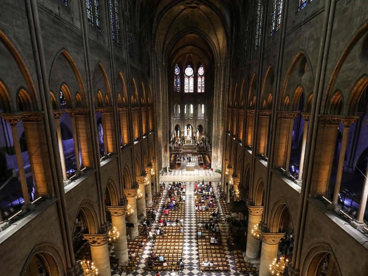 katedra Notre Dame wnętrze