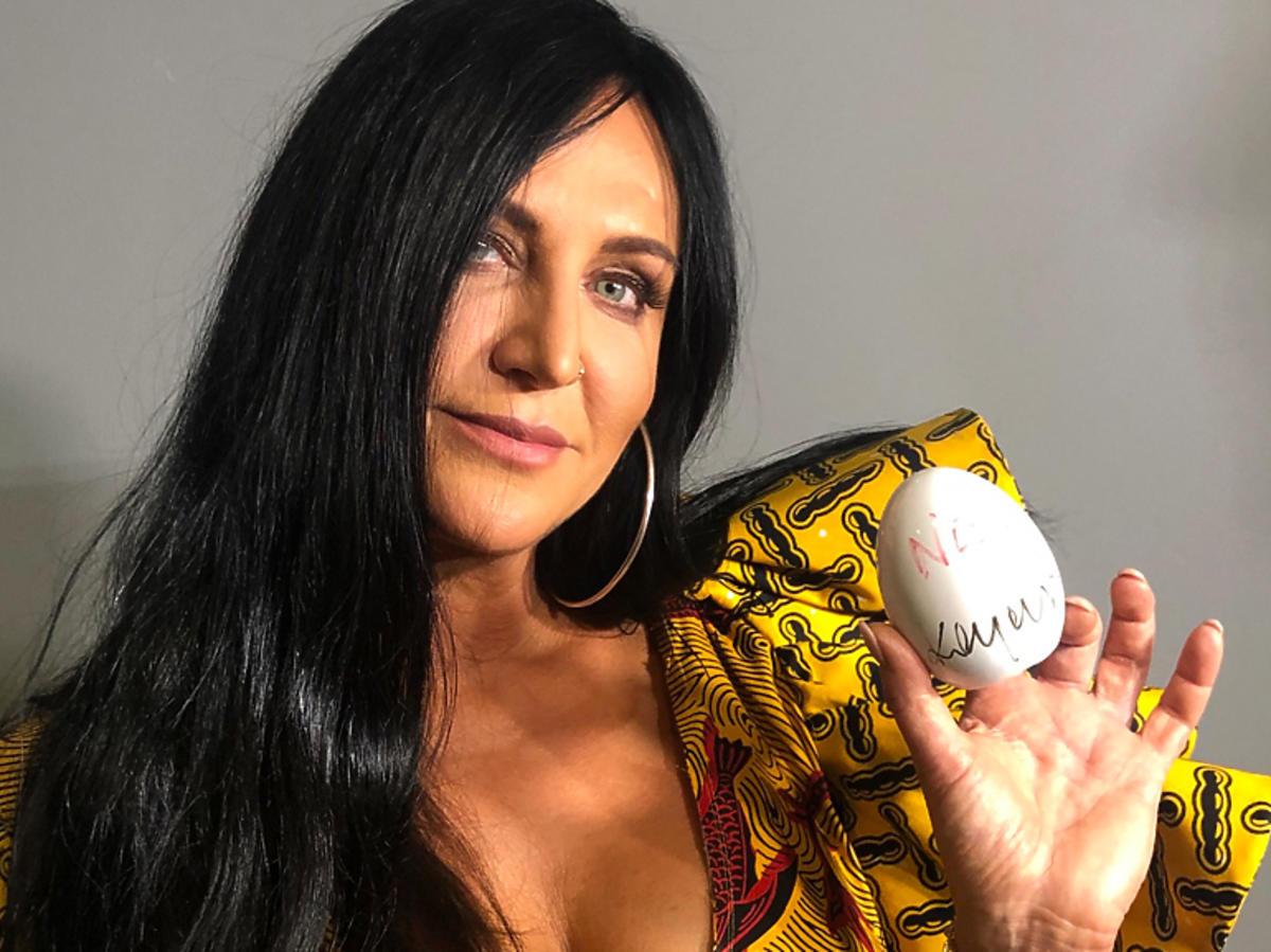 Kayah i jej wielkanocna pisanka na aukcję dla katowickiego Hospicjum Cordis
