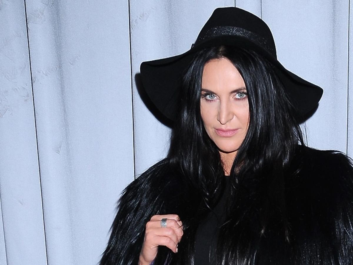 Kayah w czarnym kapeluszu