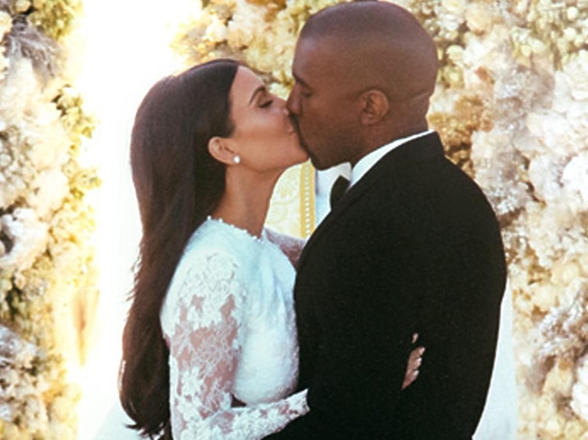 Kim Kardashian i Kanye West podczas ślubu