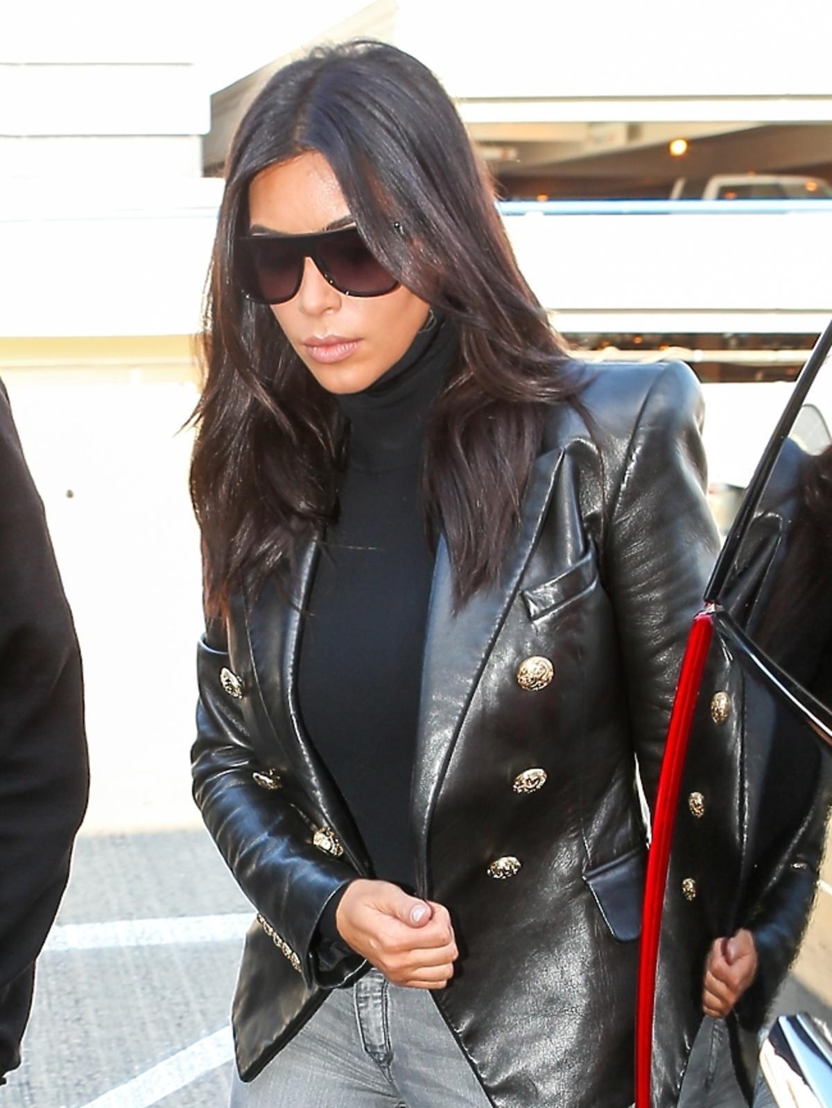Kim Kardashian na lotnisku LAX w Los Angeles