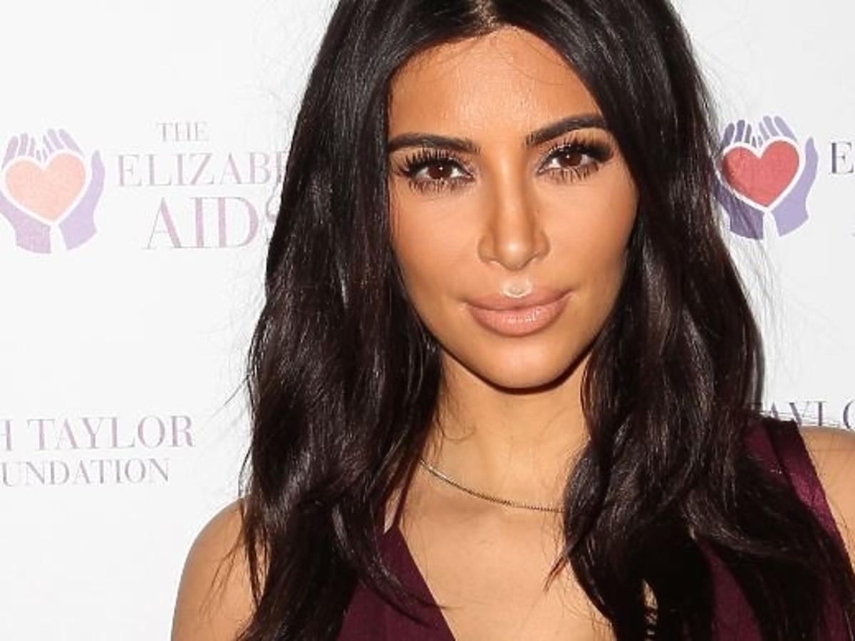 Kim Kardashian w krótkich włosach