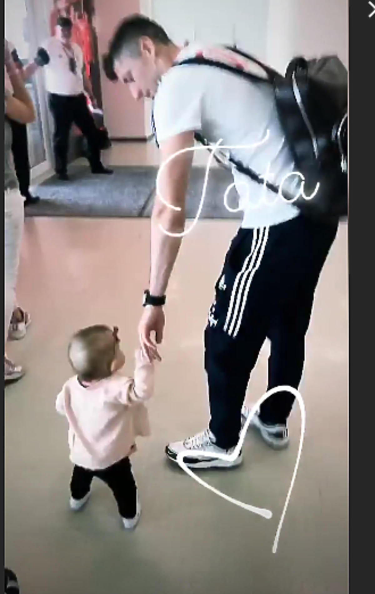 Klara Lewandowska z tatą na Instagramie