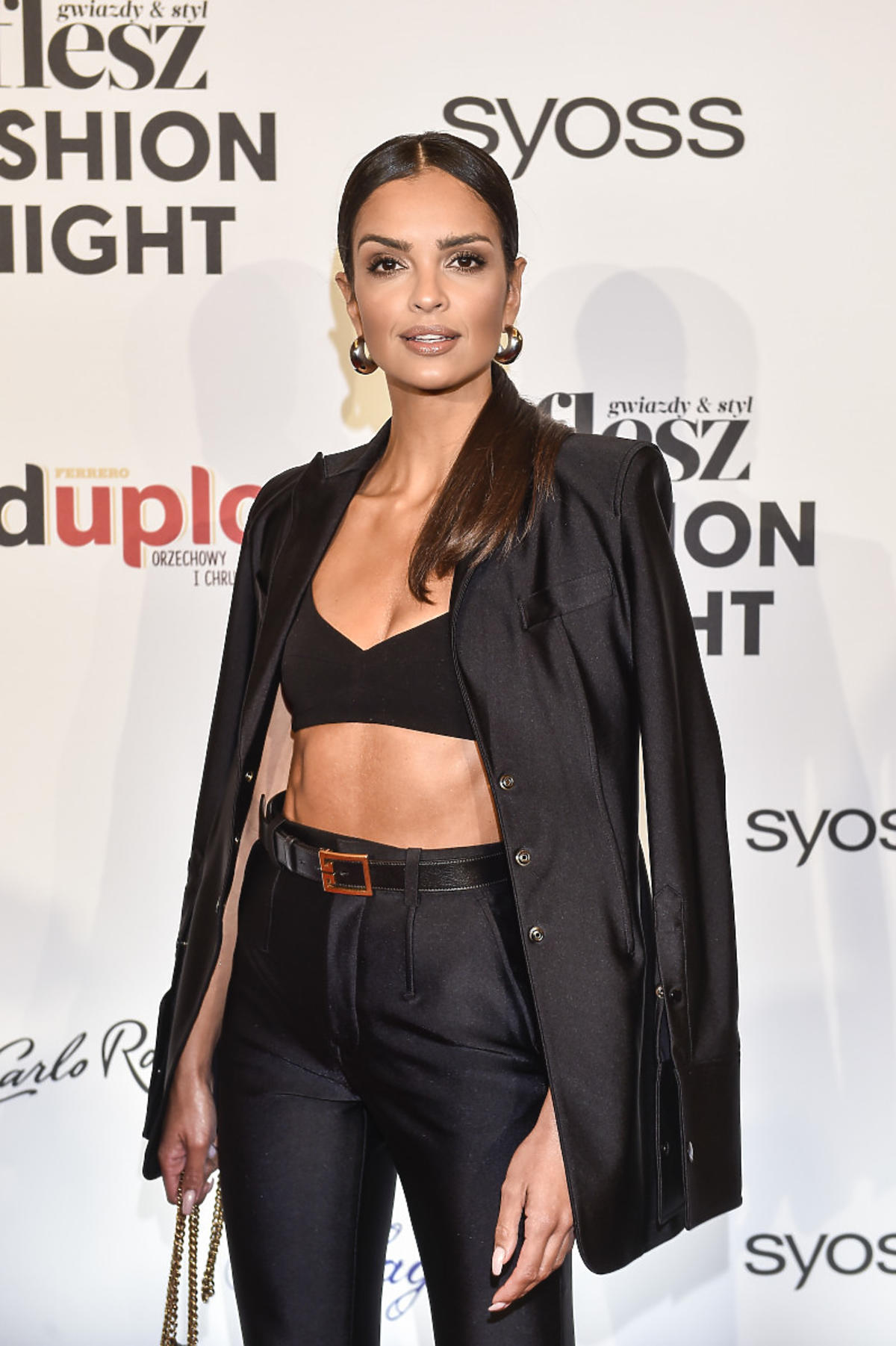 Klaudia El Dursi na Flesz Fashion Night 2021 w krótkim topie
