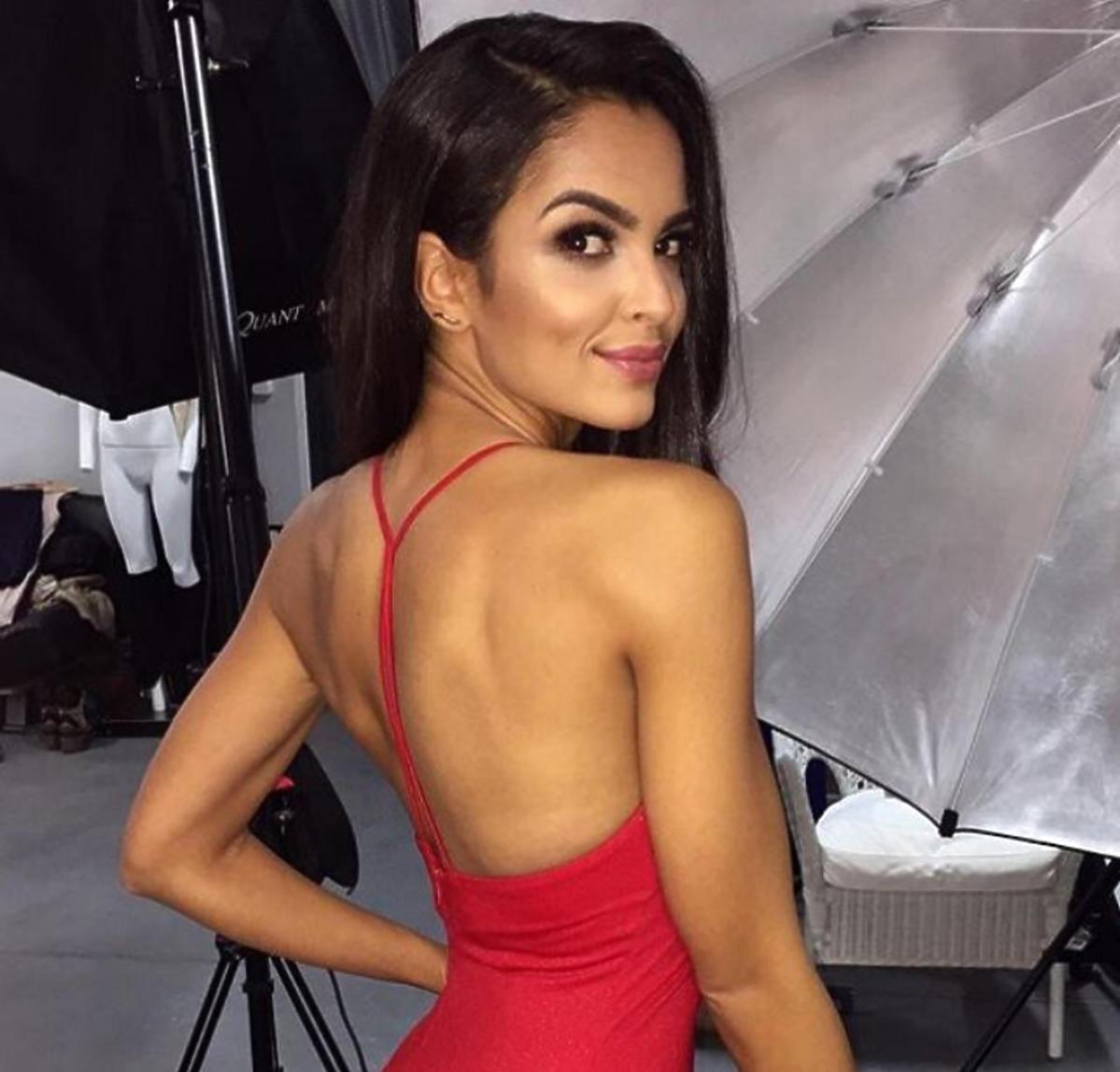 Klaudia El Dursi w czerwonej sukience