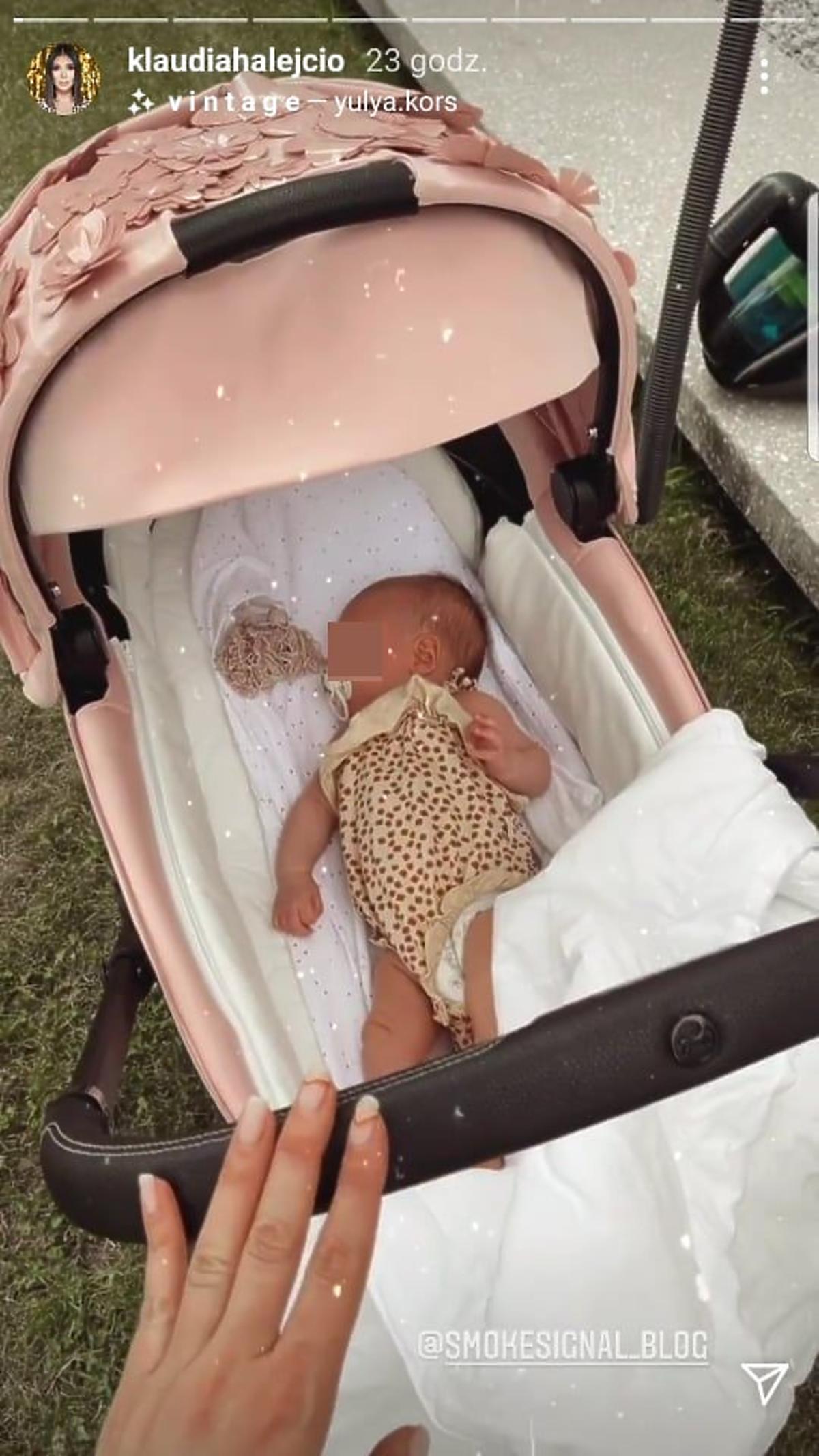 Klaudia Halejcio pokazała trzeci wózek córki