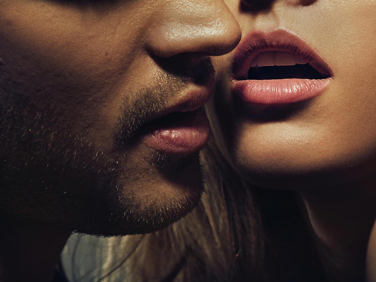 kobiece i męskie usta