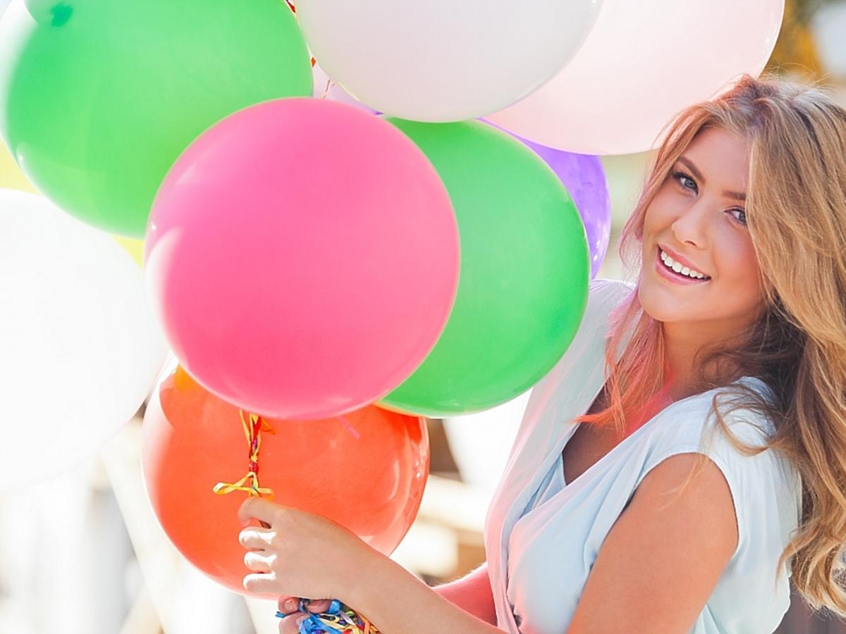 kobieta i balony