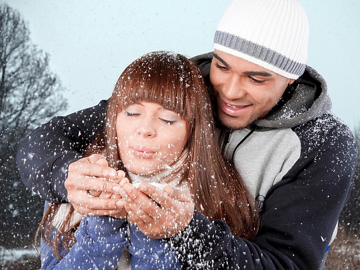 kobieta i mężczyzna zimą