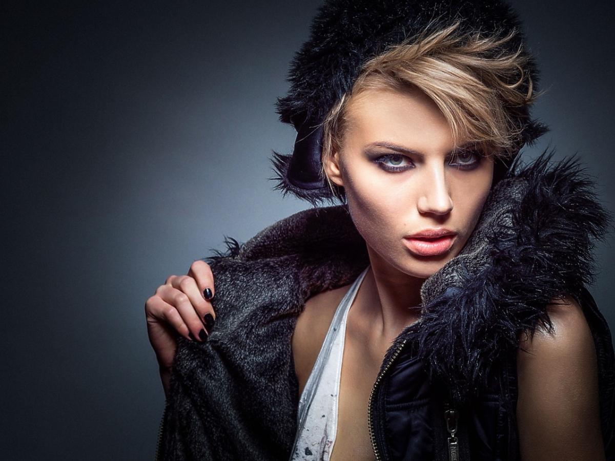 Kobieta w futrze