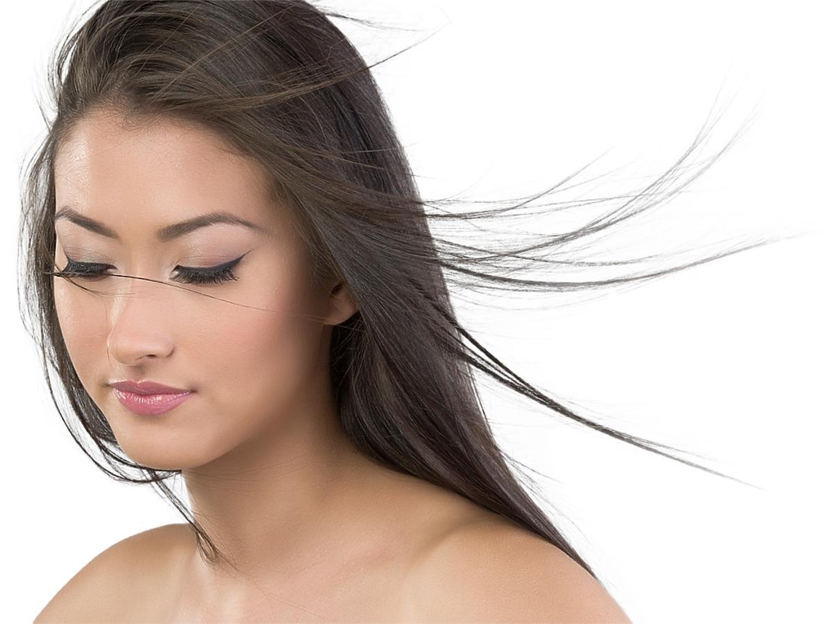 Kobieta z długi włosamiI