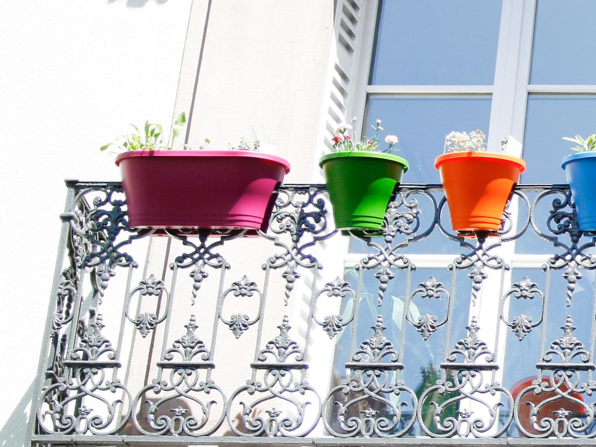 Kolorowe skrzynki