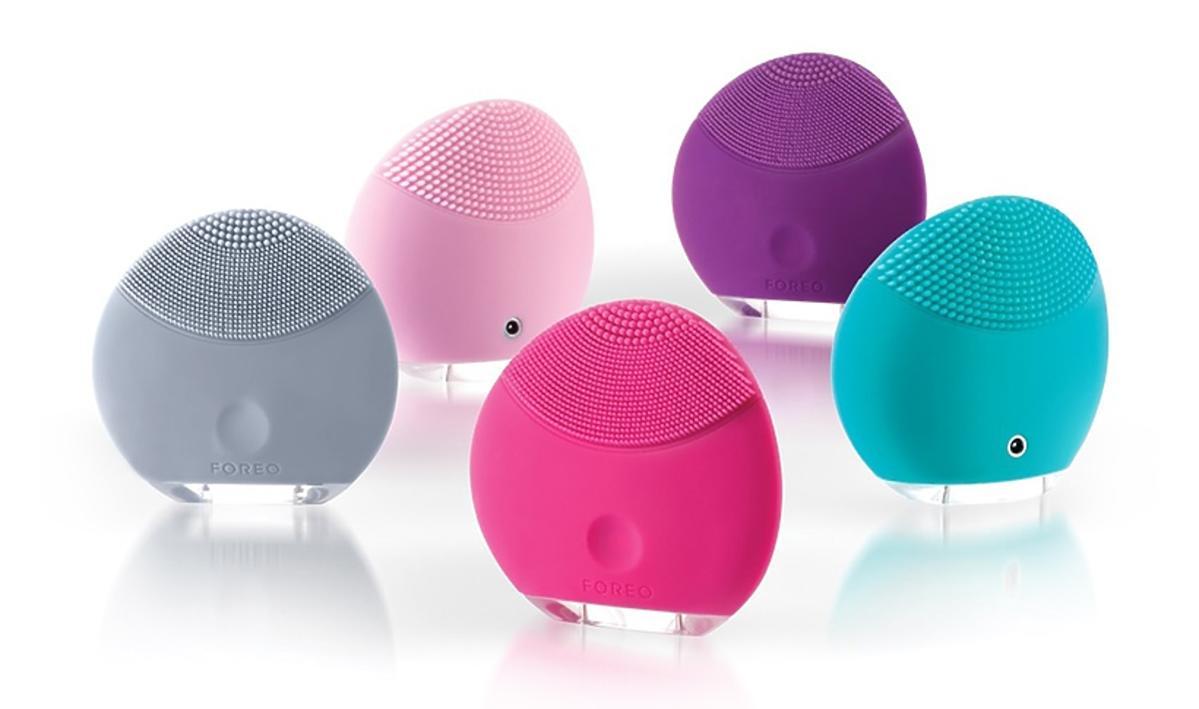 kolorowe urządzenia Foreo LUNA mini