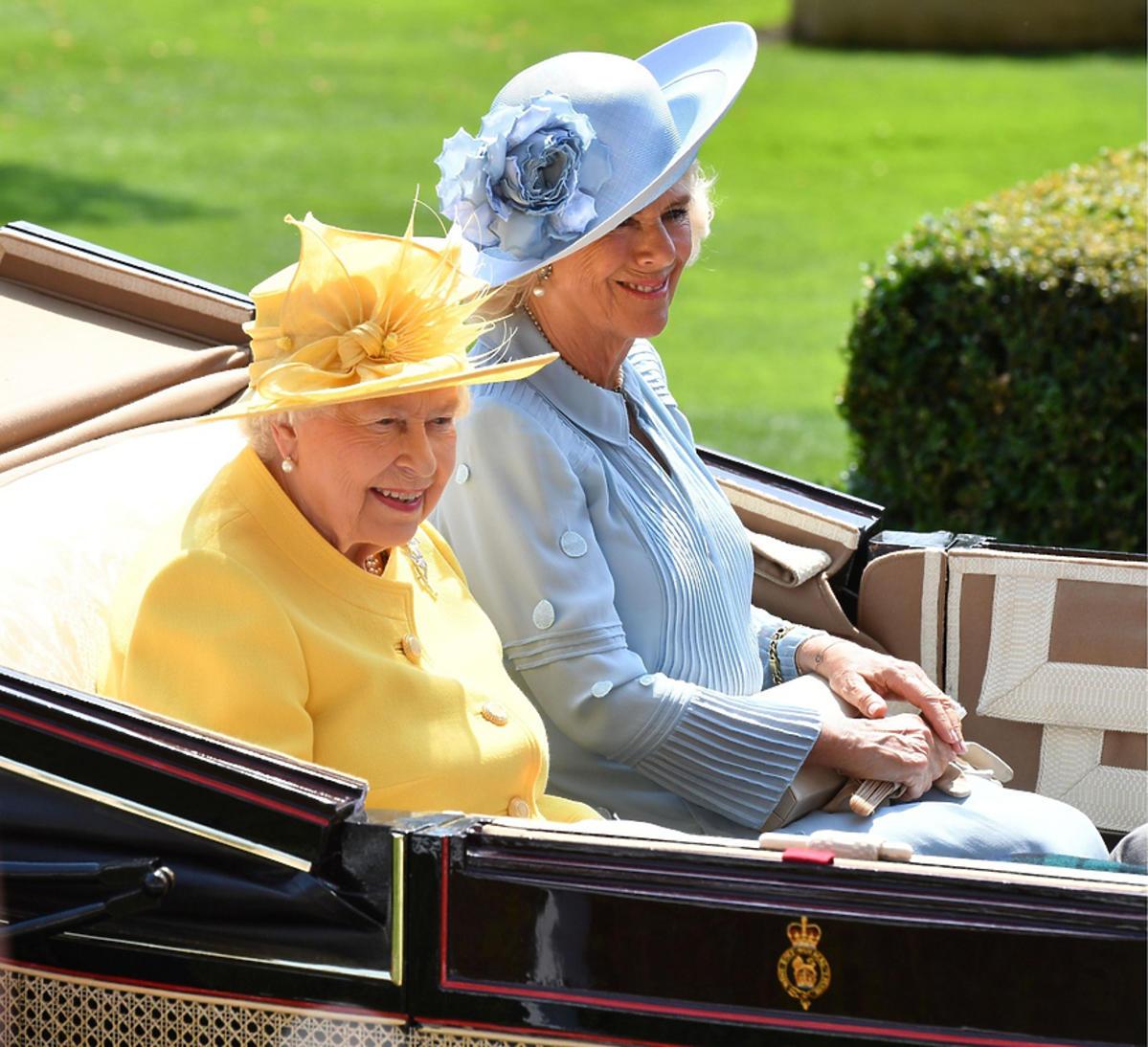królowa Elżbieta II, księżna Camilla