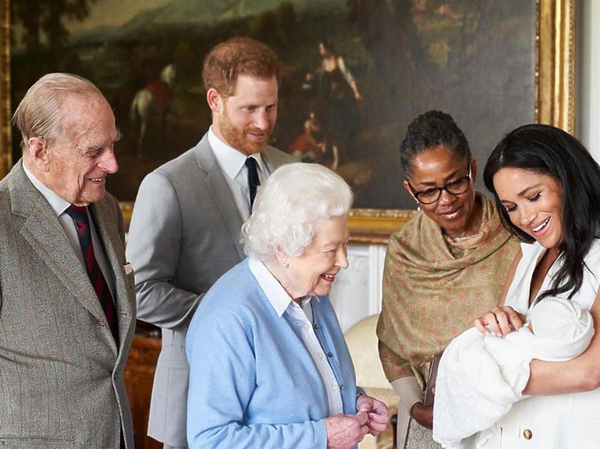 królowa Elżbieta II, Meghan Markle, archie