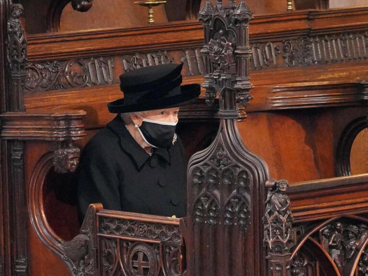 Królowa Elżbieta II na pogrzebie męża, księcia Filipa