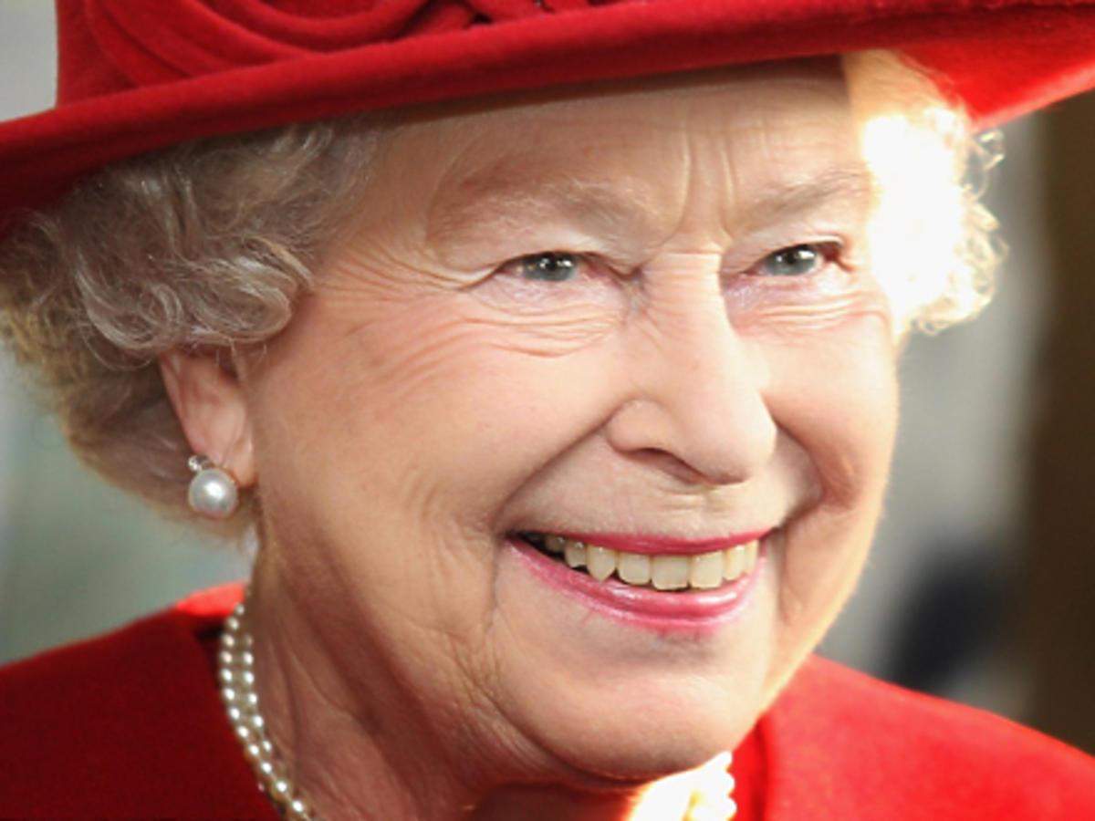 Królowa Elżbieta kiedyś i dziś