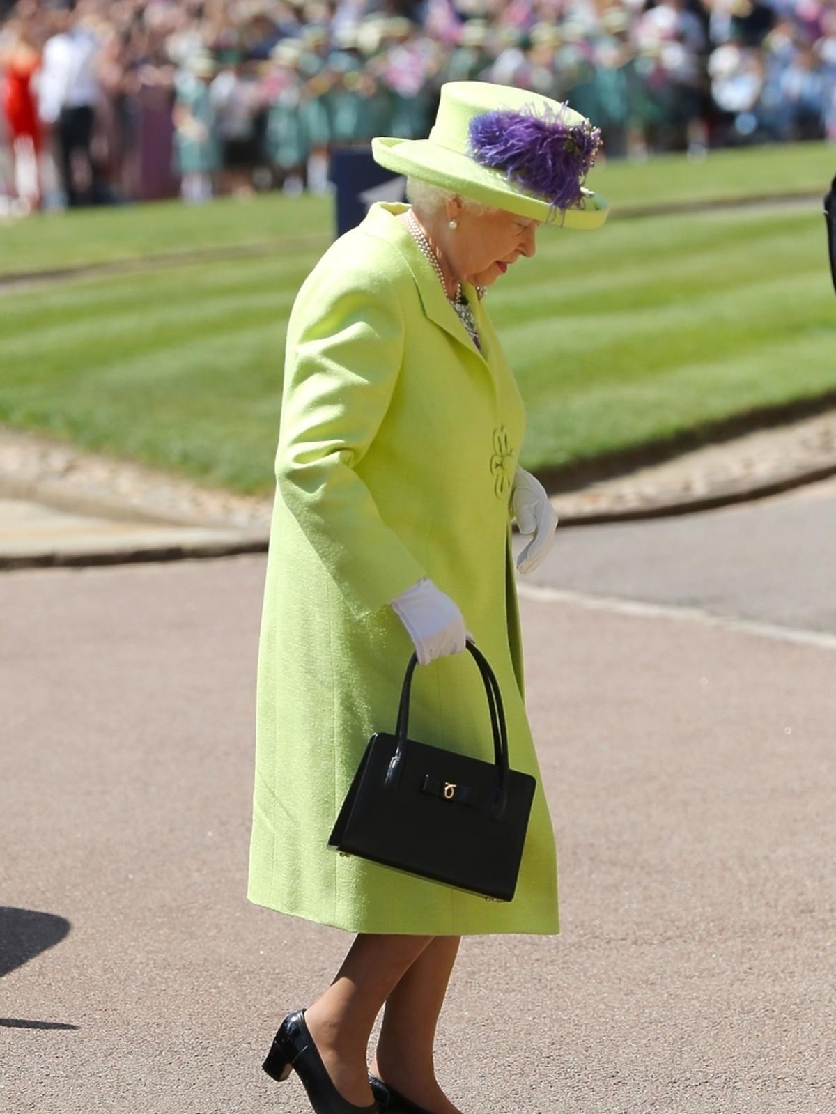 Królowa Elżbieta na ślubie Meghan Markle i księcia Harry'ego
