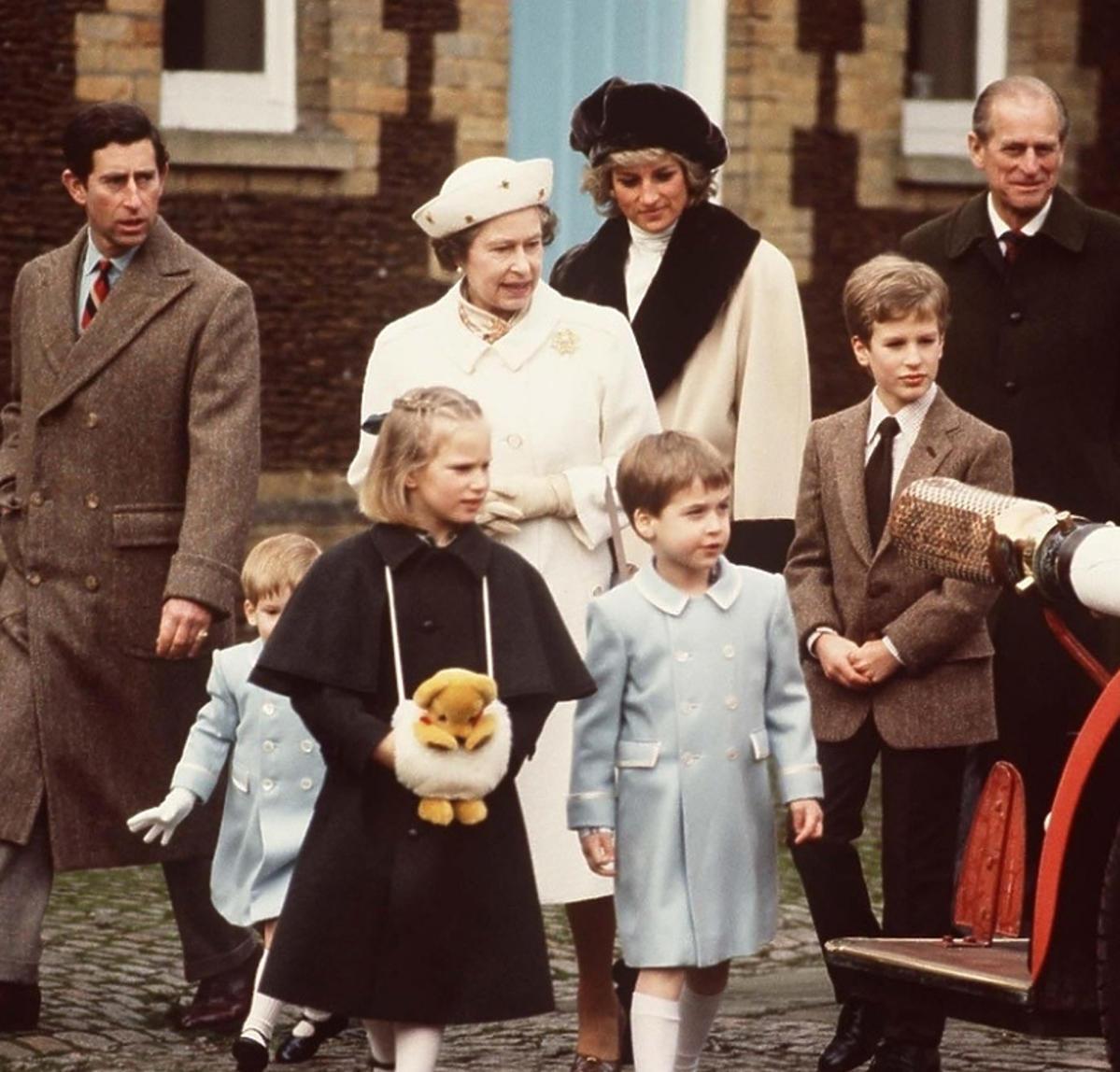 Królowa Elżbieta z rodziną
