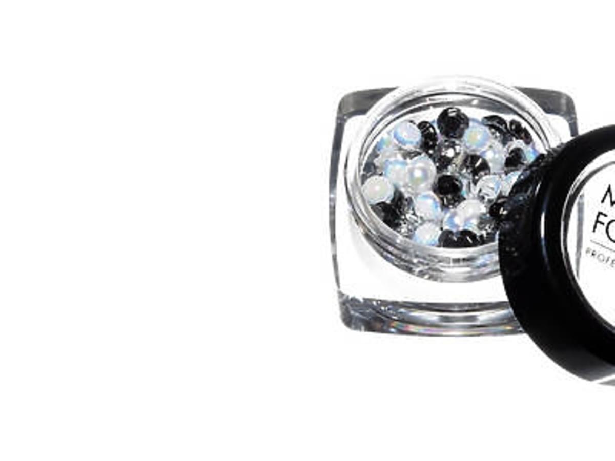Kryształki Strass Rond, Make Up For Ever, 99 zł (Sephora)