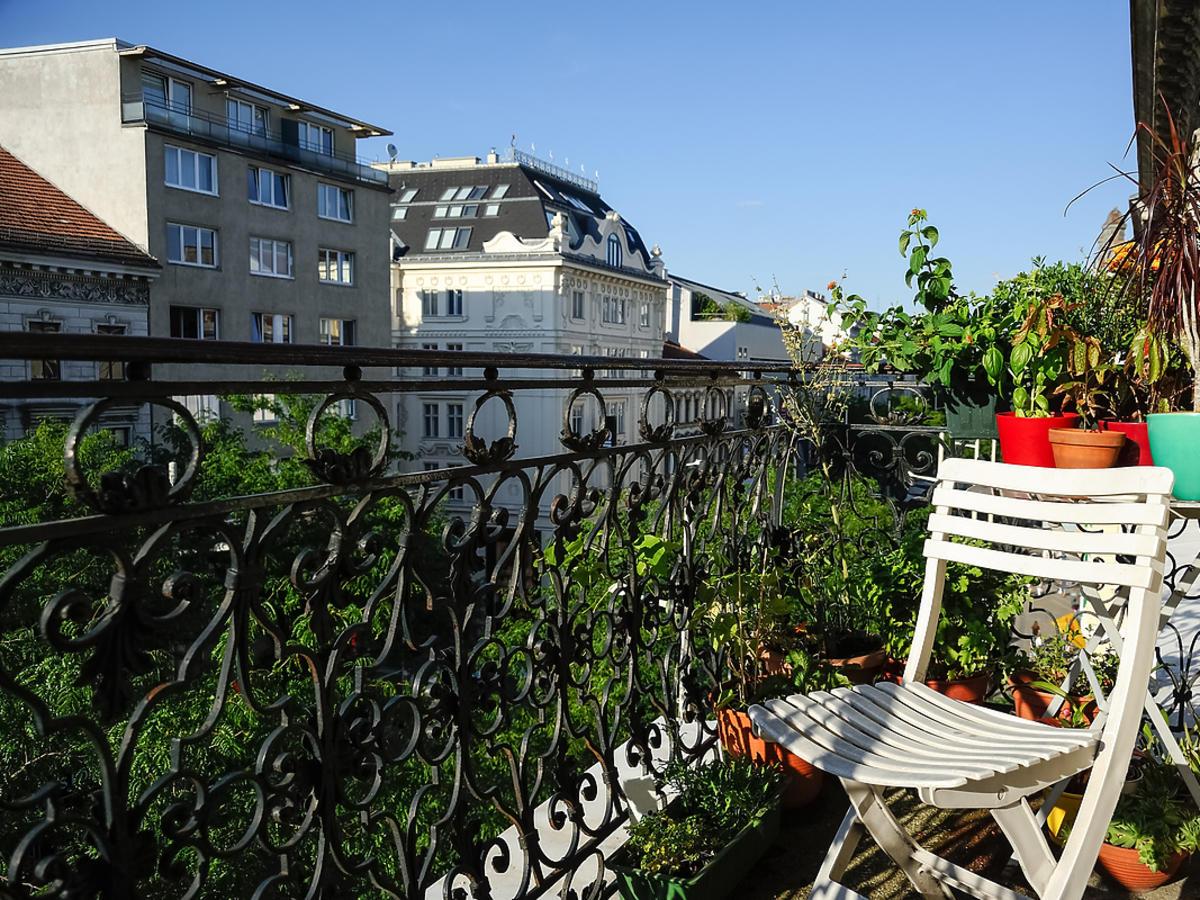Krzesło na balkonie