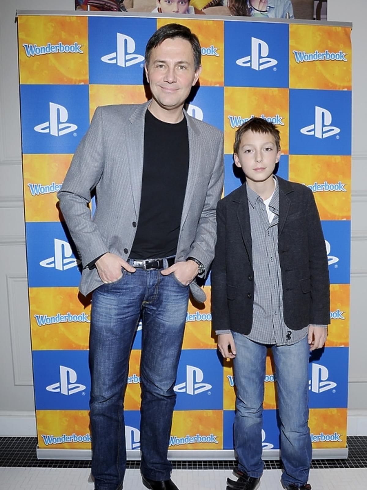 Krzyszto Ibisz z synem na premierze PlayStation 3 - Wonderbook: Księga Czarów