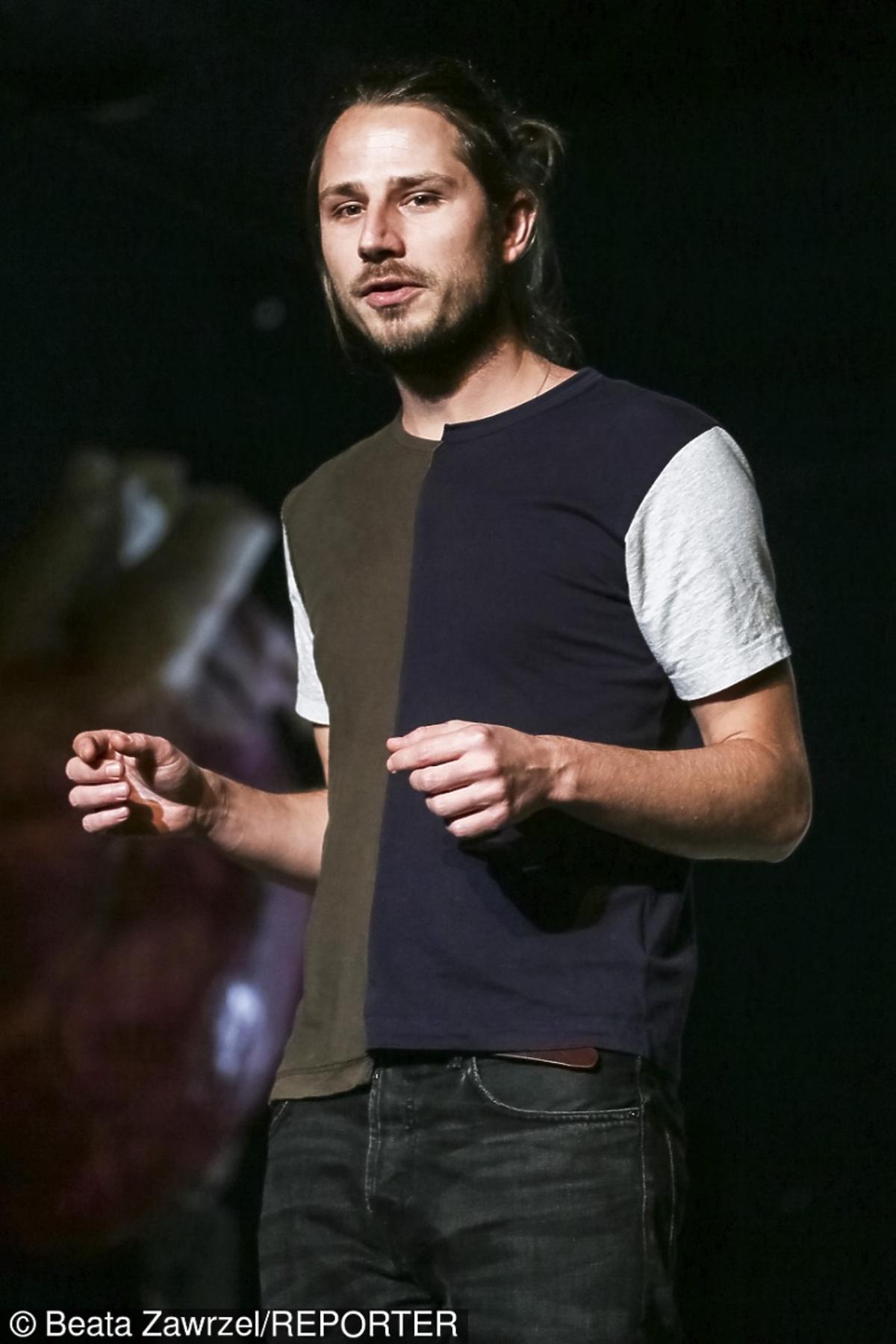 Krzysztof Garbaczewski w koszulce