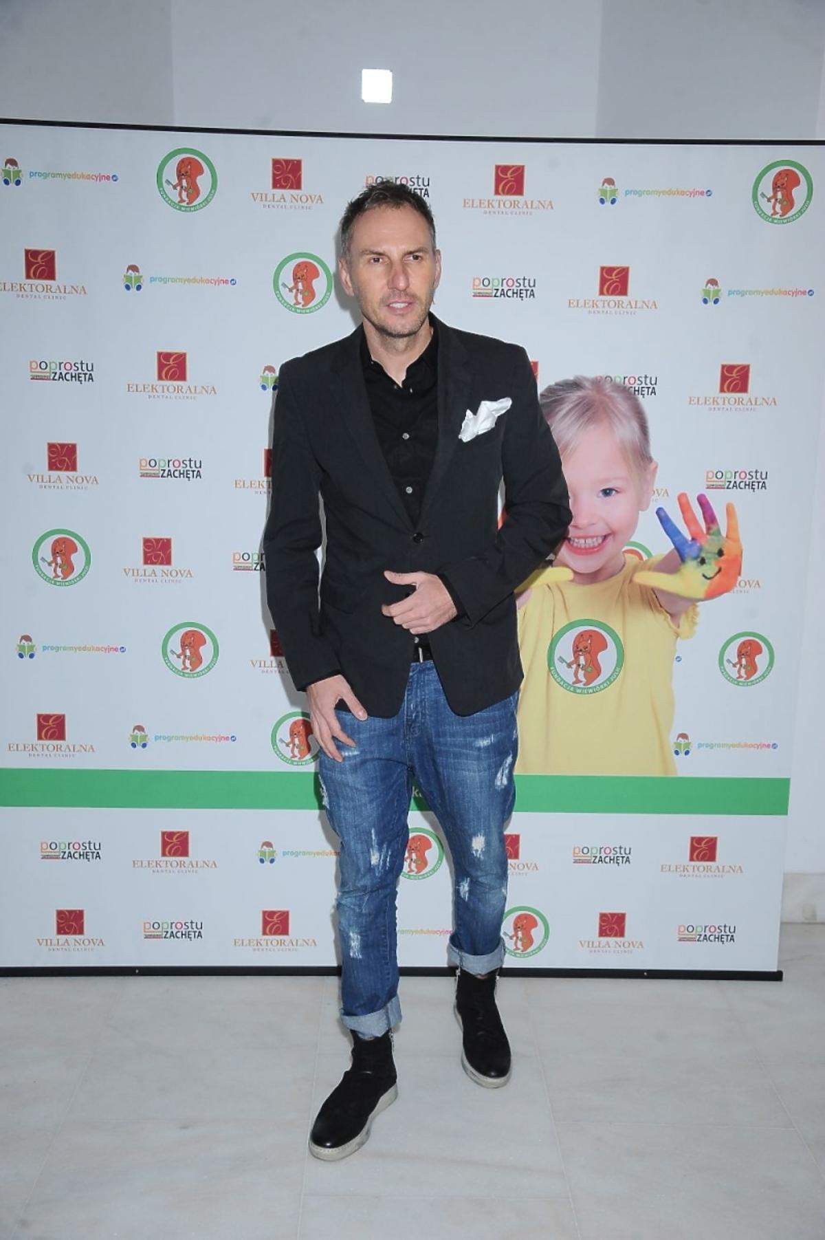 Krzysztof Gojdź na urodzinach fundacji Wiewiórki Julii