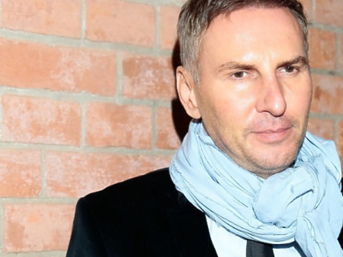 Krzysztof Gojdź w szaliku
