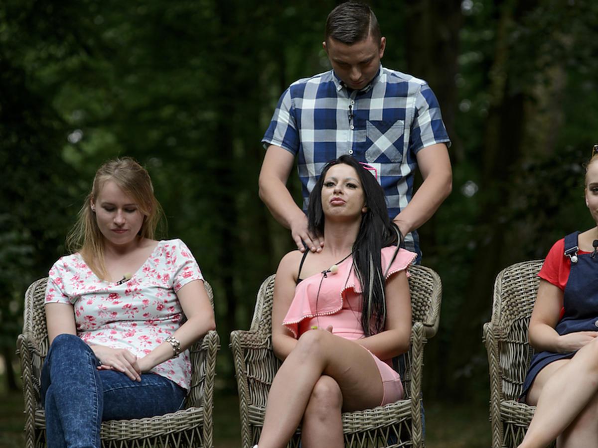 Krzysztof z Rolnik szuka żony 5 masuje Jessicę