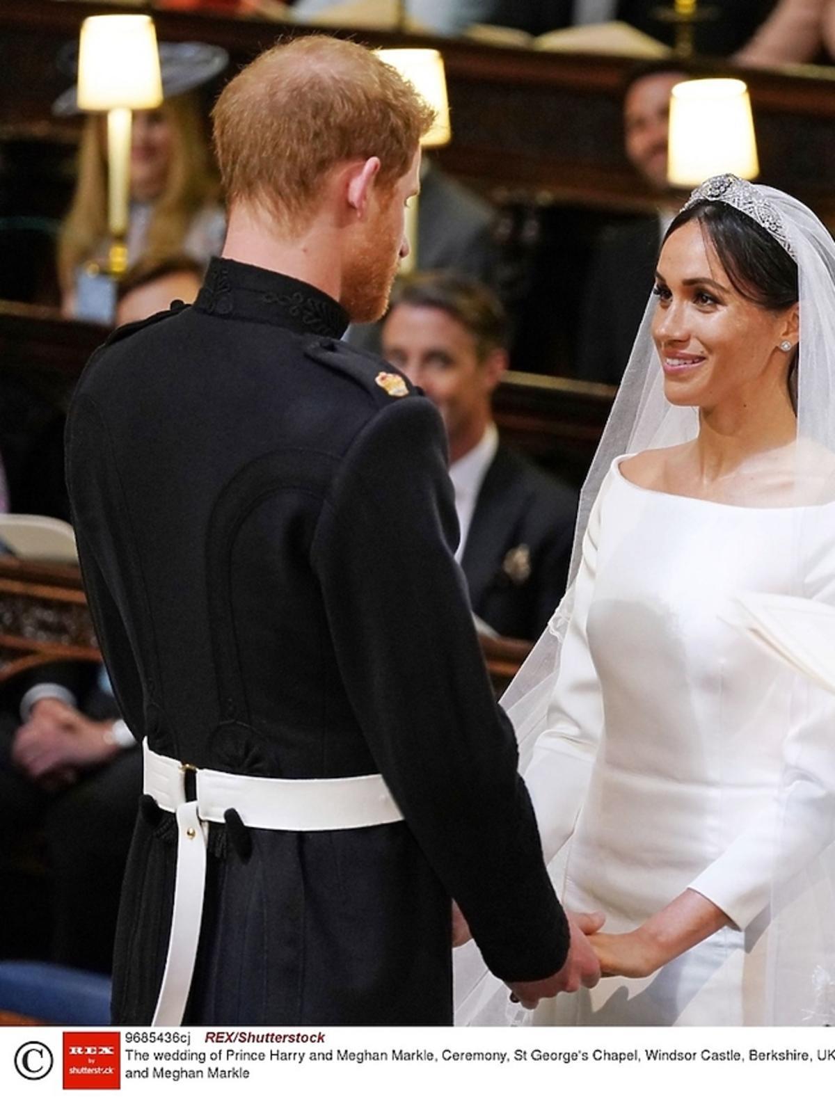 Książę Harry i Meghan Markle składają przysięgę