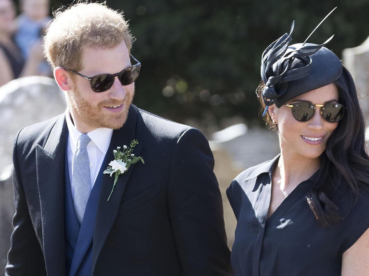 Książę Harry i Meghan Markle w okularach przeciwsłonecznych