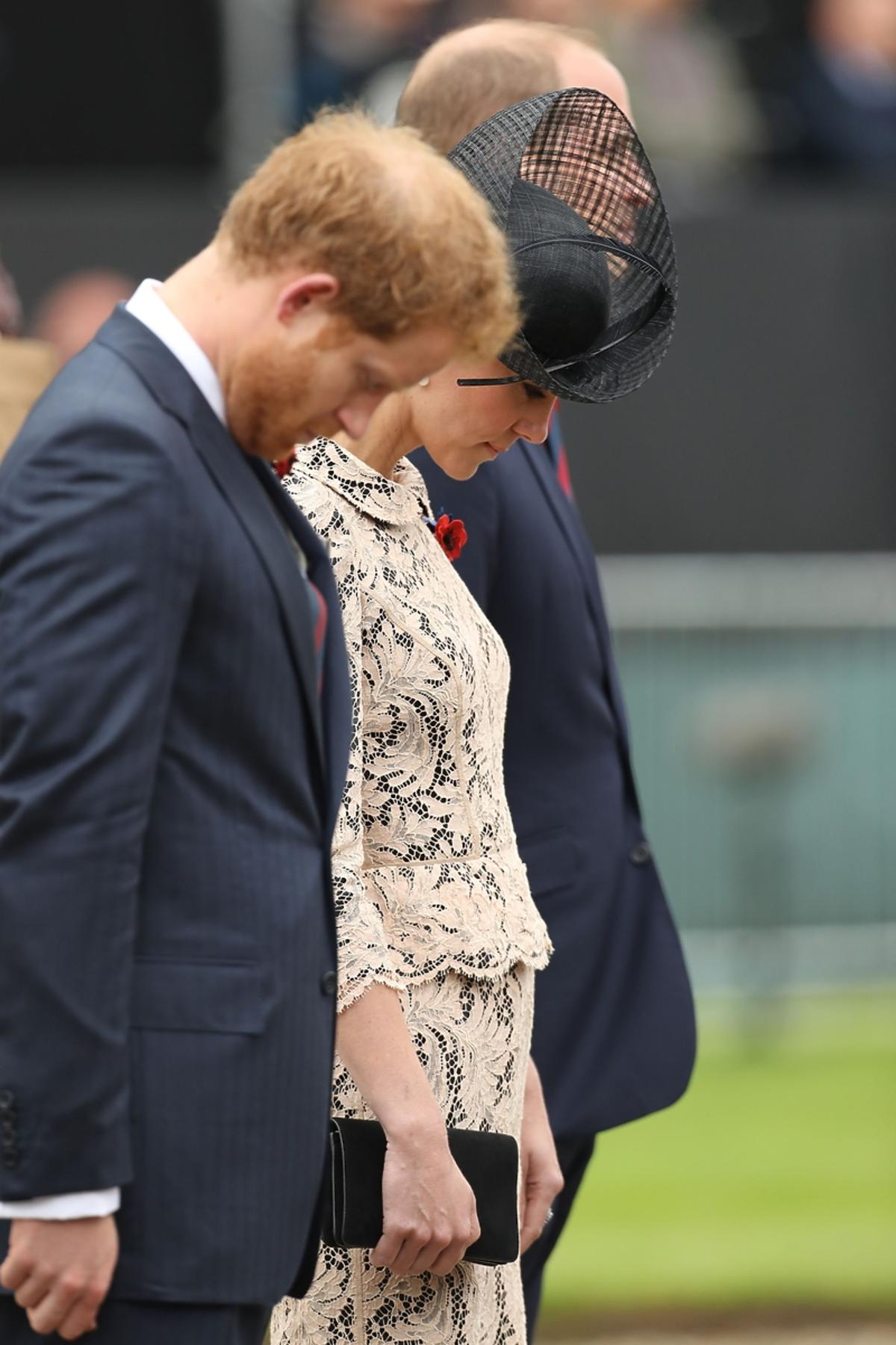 książę Harry, księżna Kate, książę William