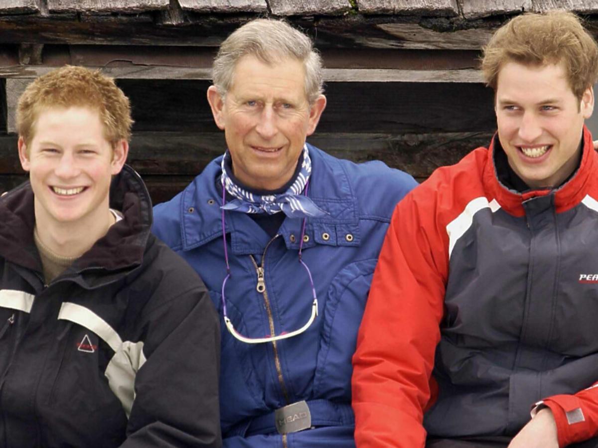 Książę Karol z synami