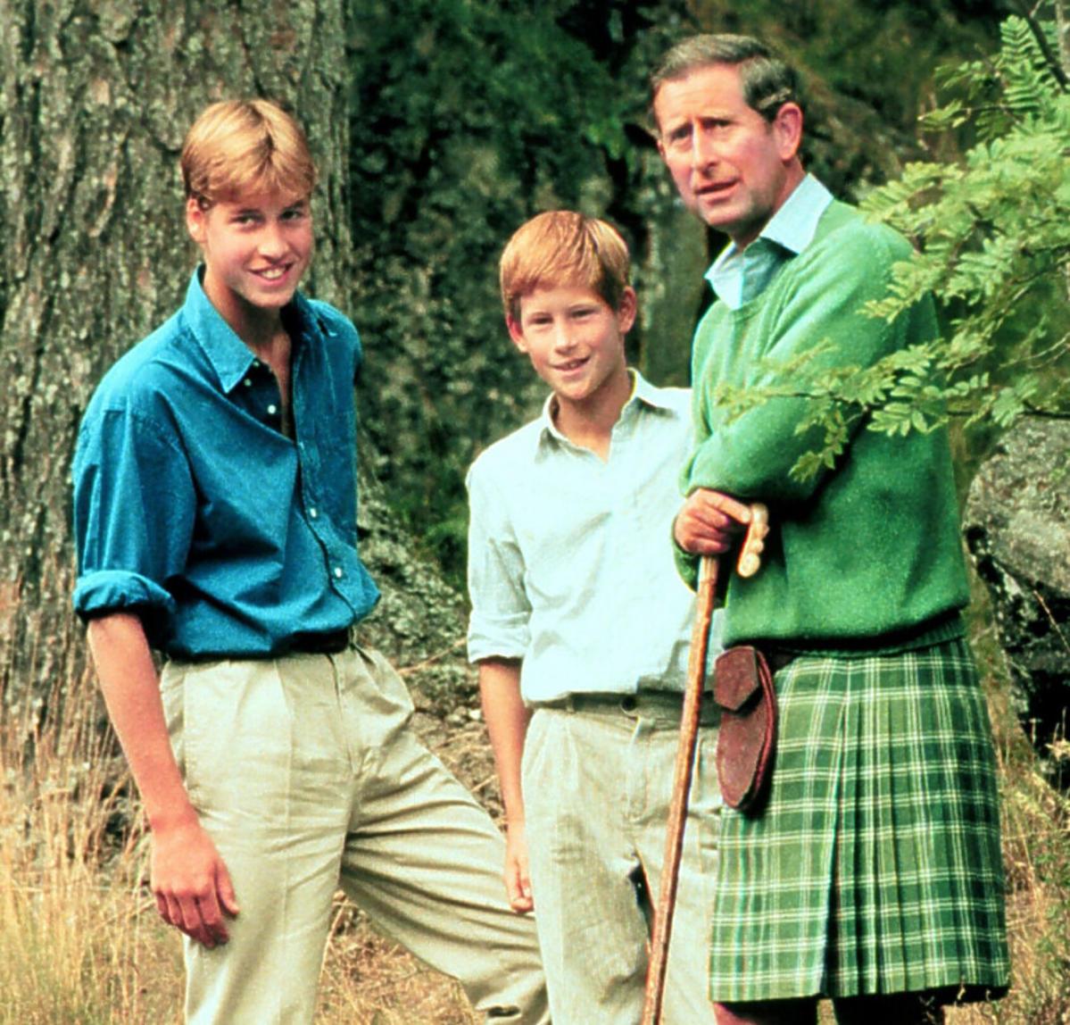 Książę William i Harry w dzieciństwie