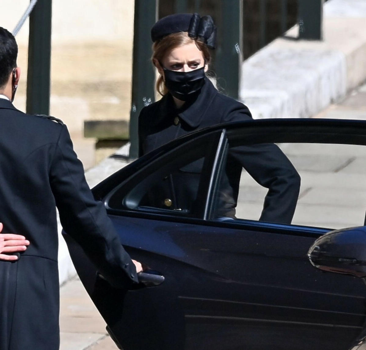Księżna Beatrycze na pogrzebie księcia Filipa