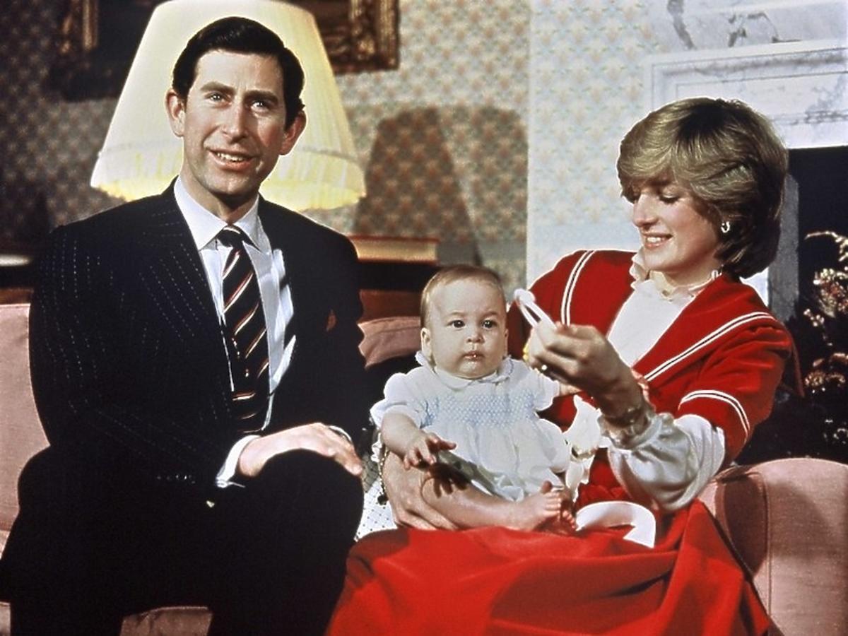Księżna Diana, książę Karol, książę William w dzieciństwie