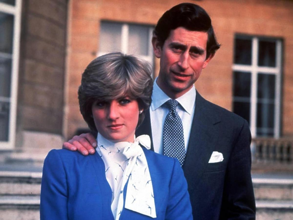 Księżna Diana nowy serwis, książę karol