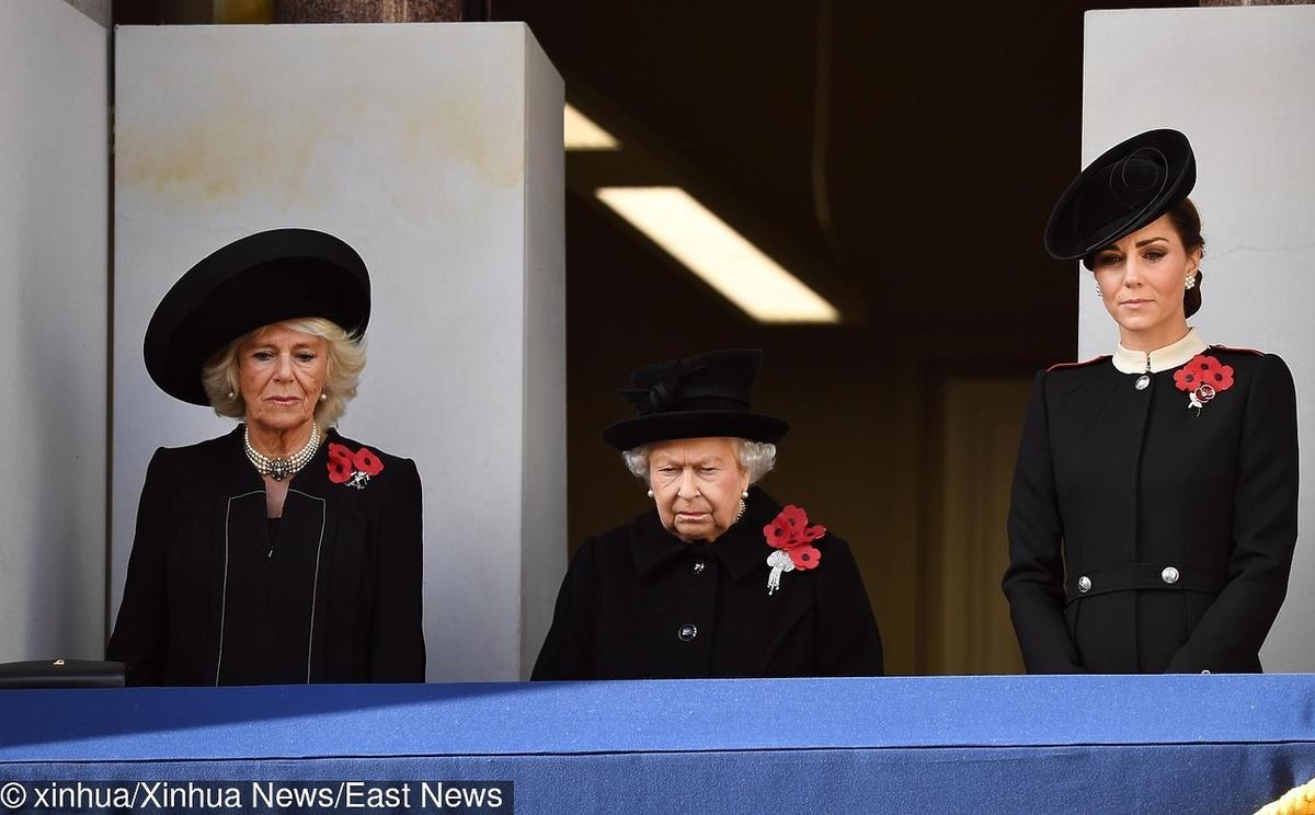 księżna Kate, królowa Elżbieta II, Camilla