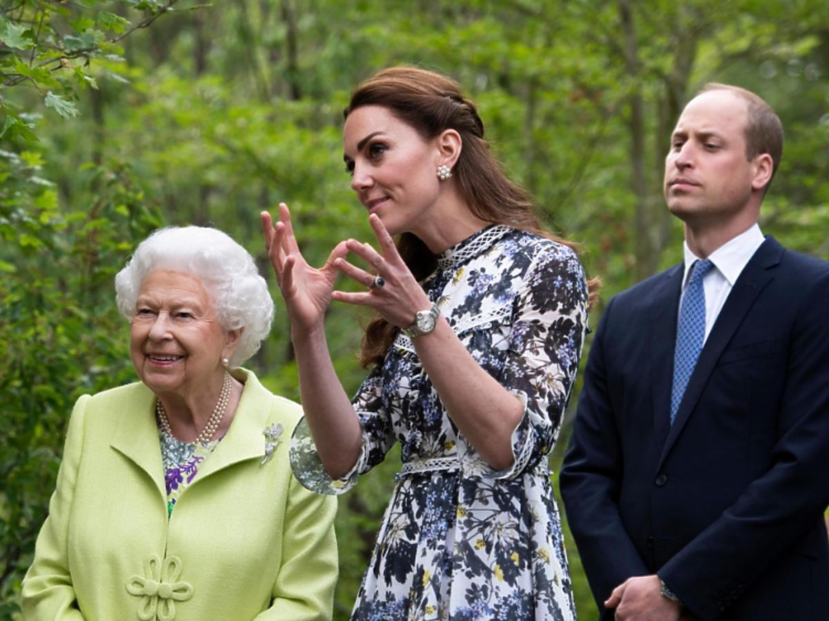 Księżna Kate, królowa Elżbieta II, książę William