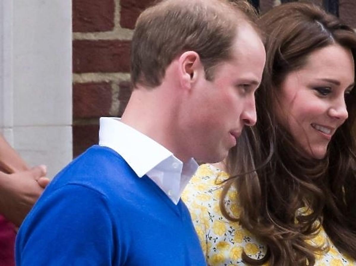 Księżna Kate opuszcza szpital po urodzeniu