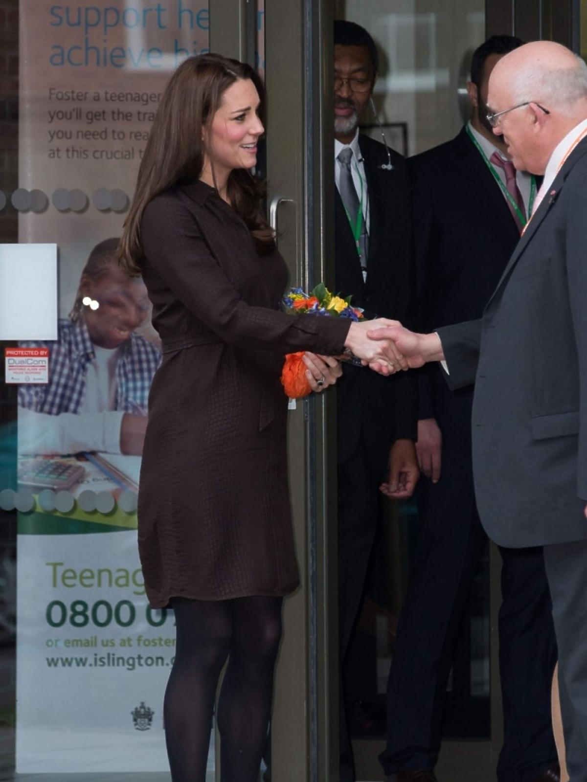 Księżna Kate pokazała brzuszek