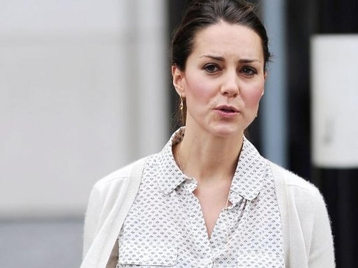Księżna Kate w dżinsach z Zary