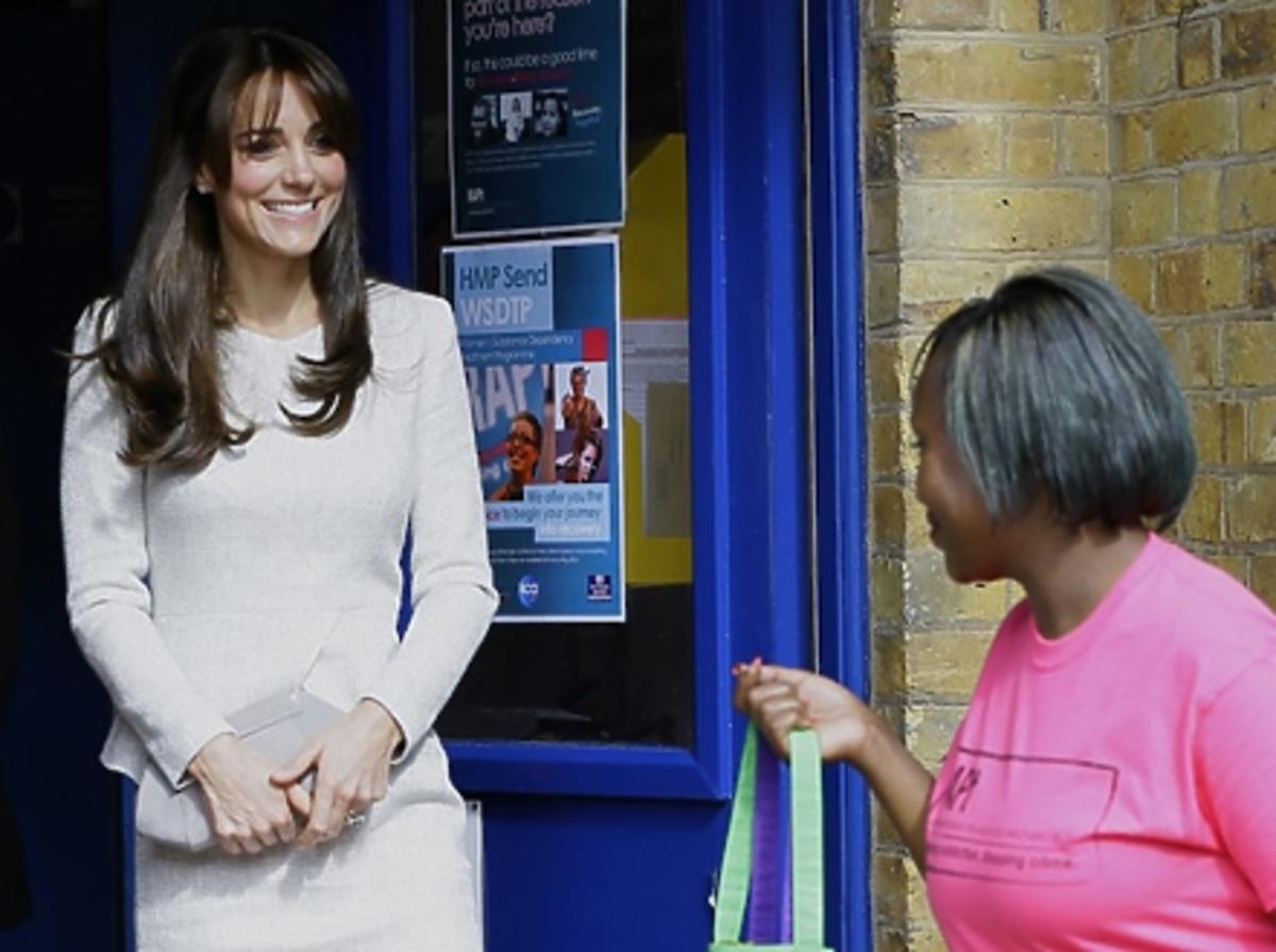 Księżna Kate w kremowej sukience