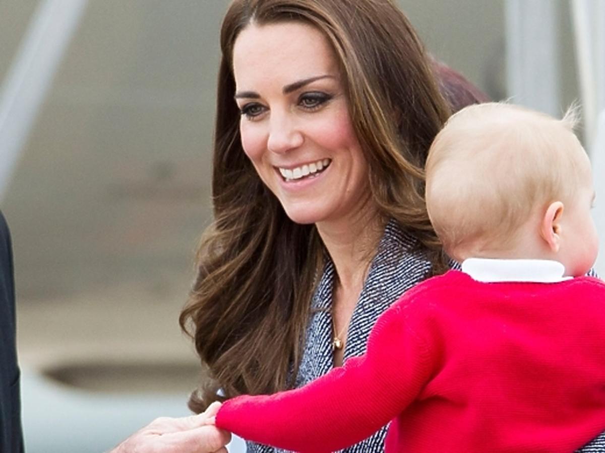 Księżna Kate, William i George opuszczają Australię