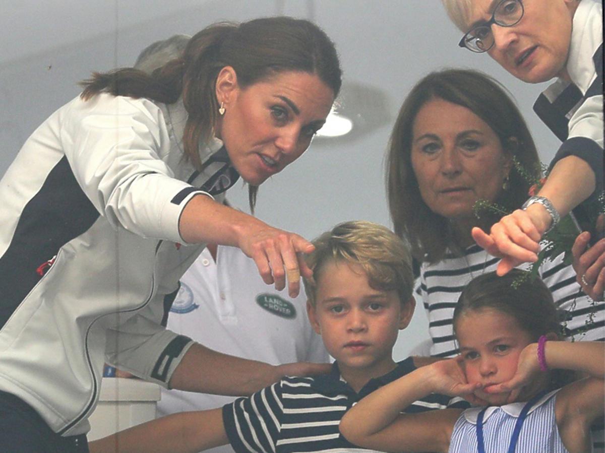 Księżna Kate z dziećmi na regatach